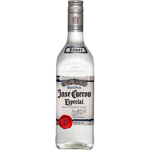 Imagem de Tequila José Cuervo Silver 750 ml