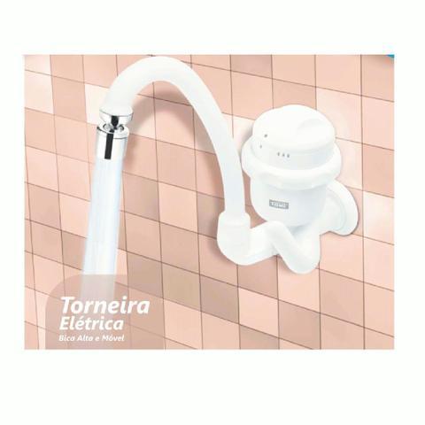 Imagem de Torneira Elétrica Fame De Parede Bica Móvel 220V 5400W 1994