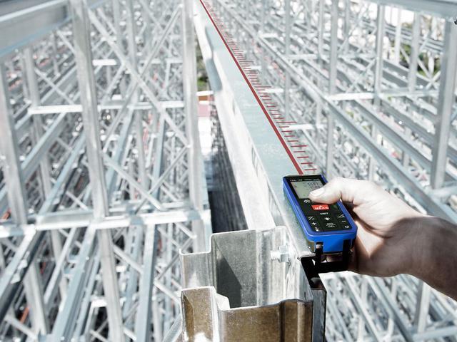 Imagem de Trena a laser digital 40 metros incoterm