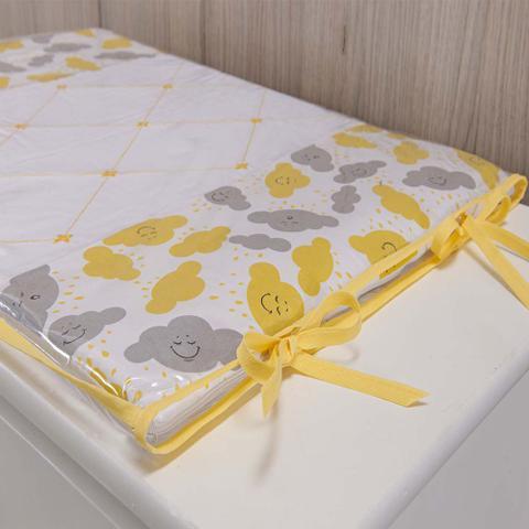 Imagem de Trocador Para Cômoda De Bebe 02 Peças 70cm x 50cm Tecido Misto Menina Nuvem - Amarelo