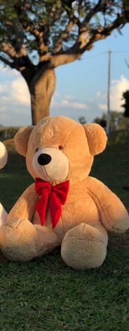 Imagem de Urso Gigante Teddy Pelúcia Doce de Leite 110cm