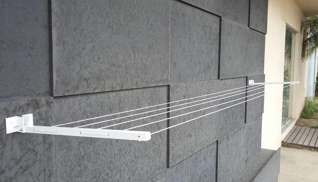 Imagem de Varal de Roupa de Parede Retrátil Alumínio Articulado Extensível Até 4 MT
