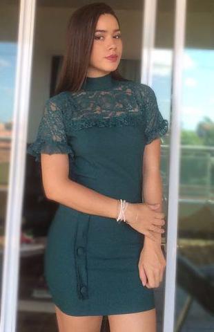 Imagem de Vestido Feminino Curto Botão Renda Colado Roupas Femininas