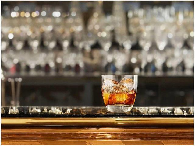 Imagem de Whisky Escocês Chivas Regal Extra 750ml